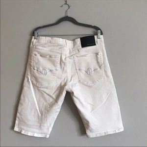 Rocawear Shorts - Rocawear men's white jean stretchy shorts